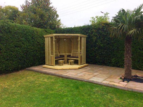 Four-Seasons-Garden-Room-Churnet-Valley-Garden-Furniture00